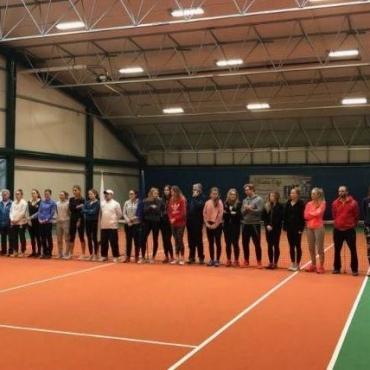 Dziewczęta z Sopot Tenis Klubu walczą o medale DMP Kobiet.