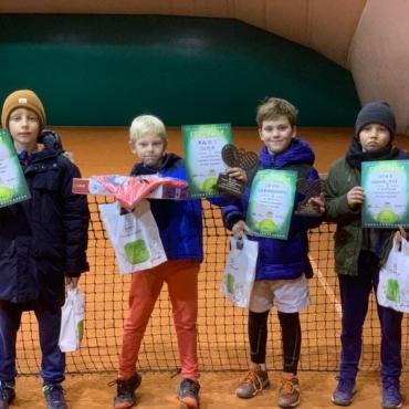 Chłopcy z Sopot Tenis Klubu.