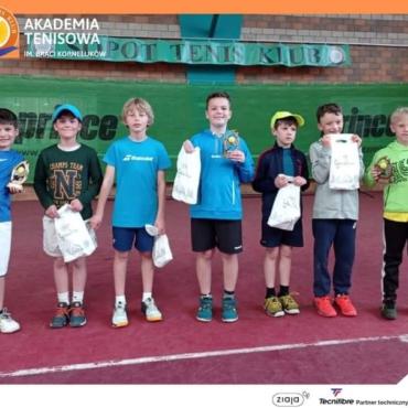 Maciej Szyca wygrywa Puchar Akademii Tenisowej Braci Korneluków